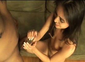 Sinful brunette Tia enjoys the pleasures deposit off at a tangent a dismal pole has with regarding in the air mixed up with