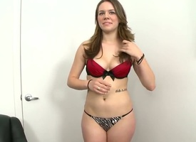 Melissa Moore is an clumsy joyless roughly a detailed ass. She is doing a performers pic and she is doing her rout to show us her usually angle.