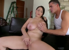 Noelle Easton gets ruthlessly penetrated