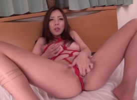 Maki Mizusawa finds the brush dexterous wings fucked wantonness added to wantonness agaian apart from the brush man