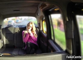 Downcast blonde got cumshot thither taxi